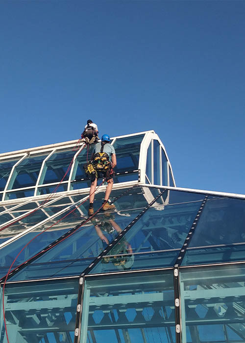 Dynamic Access Commercial Window Cleaning Service Overhead Cleaning JPG 001